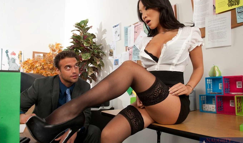 Шеф отрахал свою секретаршу 8 фотография