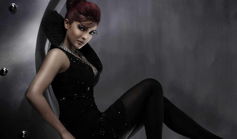 priyanka, chopra, hot, photoshoot, more, see,