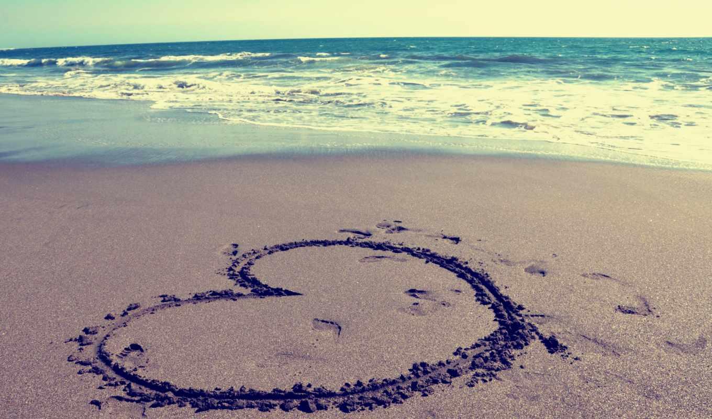 сердце, пляж, песок, море, волны, небо