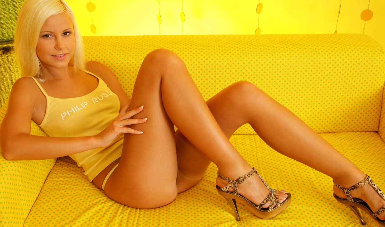 myluv, лола, devushki, profile, диван, туфли, yellow,