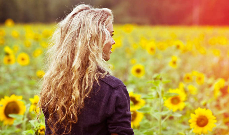 улыбка, девушка, волосы, поле, настроение, свет, тепло, лето, подсолнухи, картинку, цветы, спина, широкоформатные, кофта, trance, лицо, еще, button, правой, кнопкой,