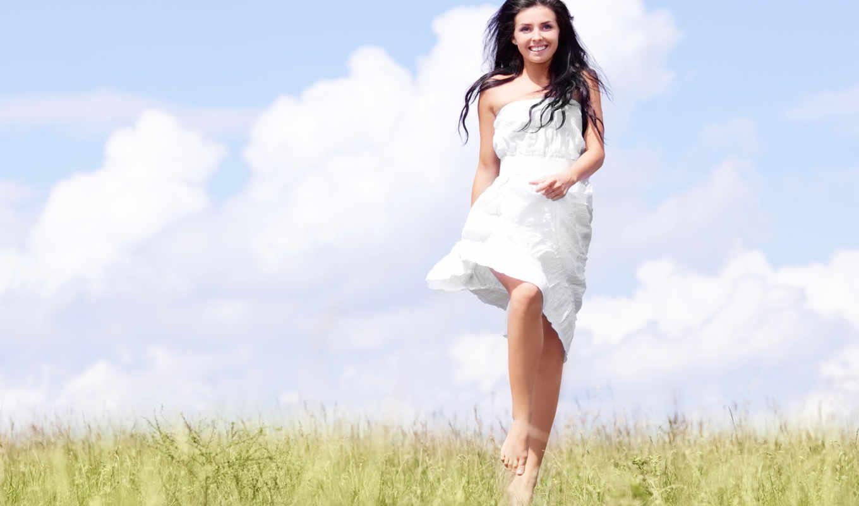 девушка, поле, платье, белое, трава, босиком
