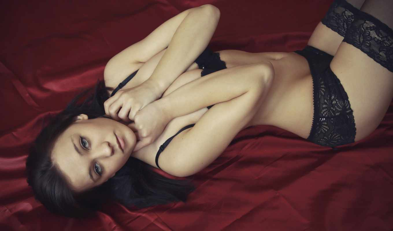 пл, brunette, cobra, девушка, кровать,