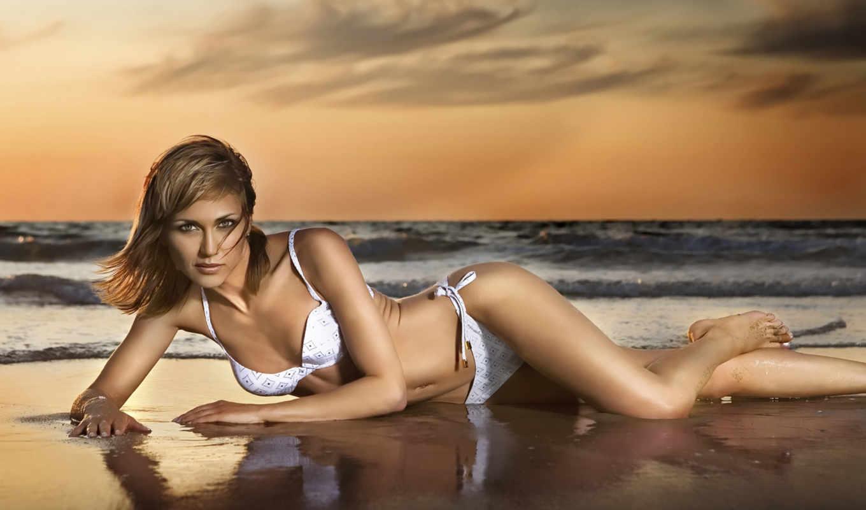 море, девушка, фотосессия, берегу, девушек, лежит, моря, купальнике, позы, azewi, фотосессии,