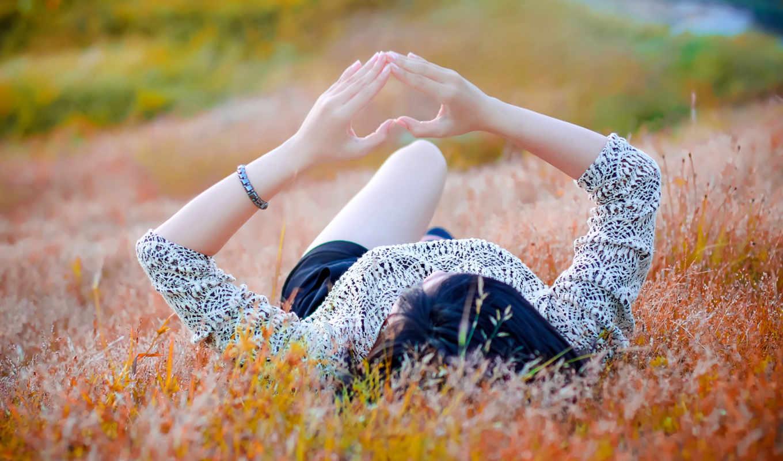 поле, девушка, настроения, жест, сердце, summer, iphone, sun,