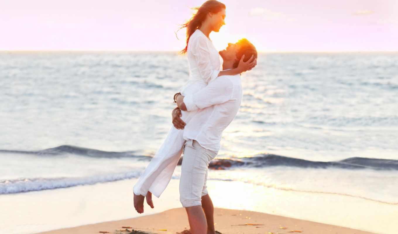 он и она, пляж, море, белый, на руках