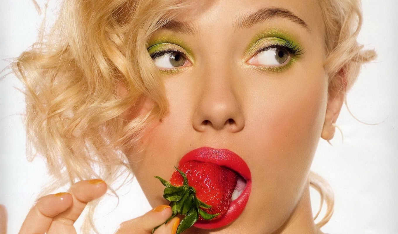 scarlett, johansson, strawberry, sexy, girls, часть, интересная, eyes, truskawka, makeup, movie, green, kokohungary, подборка, pics, photo,