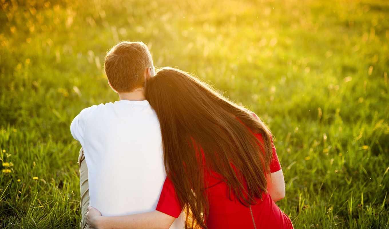 он и она, любовь, трава, красный, белый