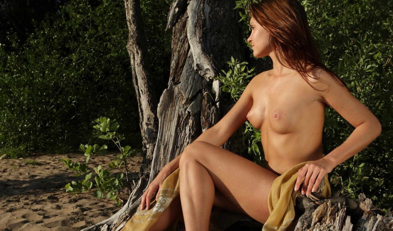 природе, девушки,