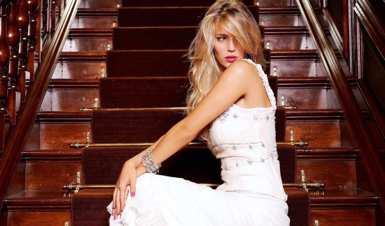 модель, blondinka, luisana, лестница, lopilato, aktrisa, devushka,