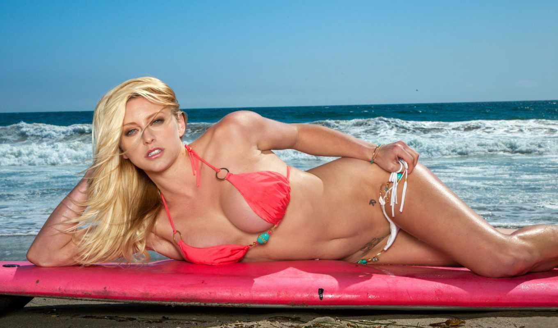 nautique, kari, девушка, девушки, небо, блондинка, тату, красивая, вода, море, лицо, волны, тело, браслет, песок, взгляд, лежак, грудь,
