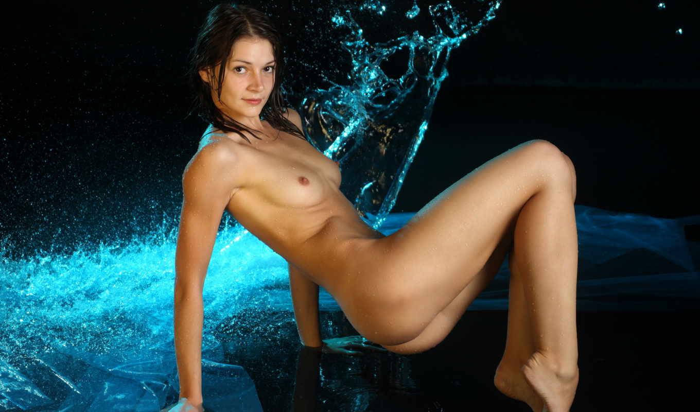 эротика, вода,грудь,девушка,голое тело,брюнетка,