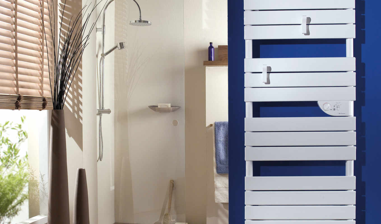 sèche, serviettes, thermor, riviera, sur, classique, découvrez, radiateur, avec, serviette,