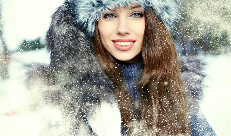 девушка, winter, шапка, взгляд, снег, браун, улыбка, зеленоглазая, мех,