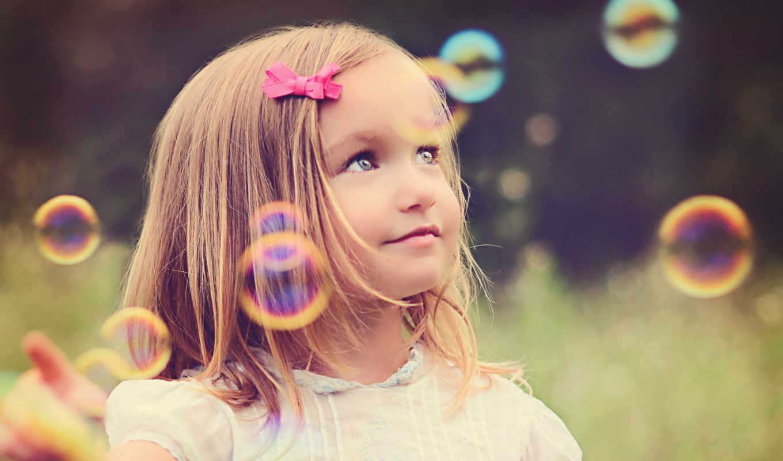 девочка, мыльные пузыри, поляна, радость,