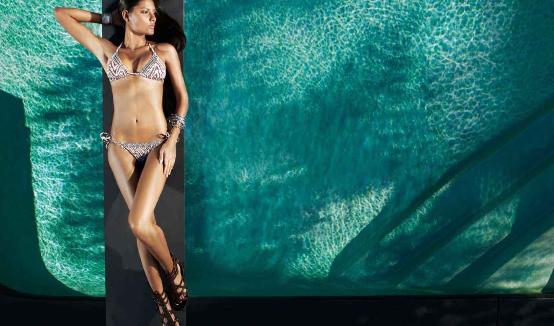 Съёмки под водой голые девочки 17 фотография