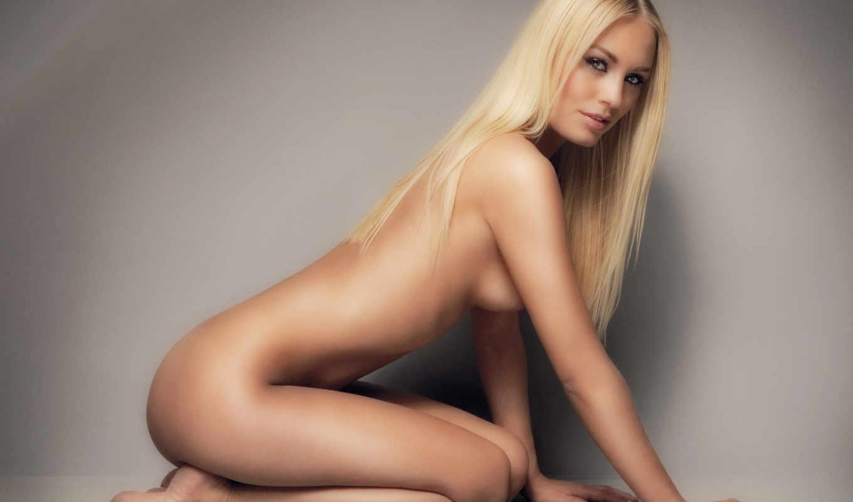 Фото красивых голых в позах девушек 22 фотография