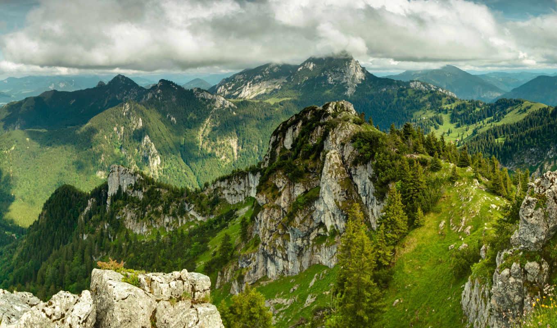 mountains, трава, зелёный, небо, landscape, oblaka, горы, природа, trees, greenery,