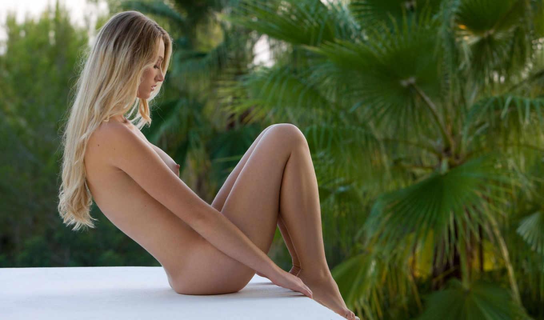 ножки, тело, сидит, carisha, пальма, грудь, обнаженная, блондинка, титьки, девушка,