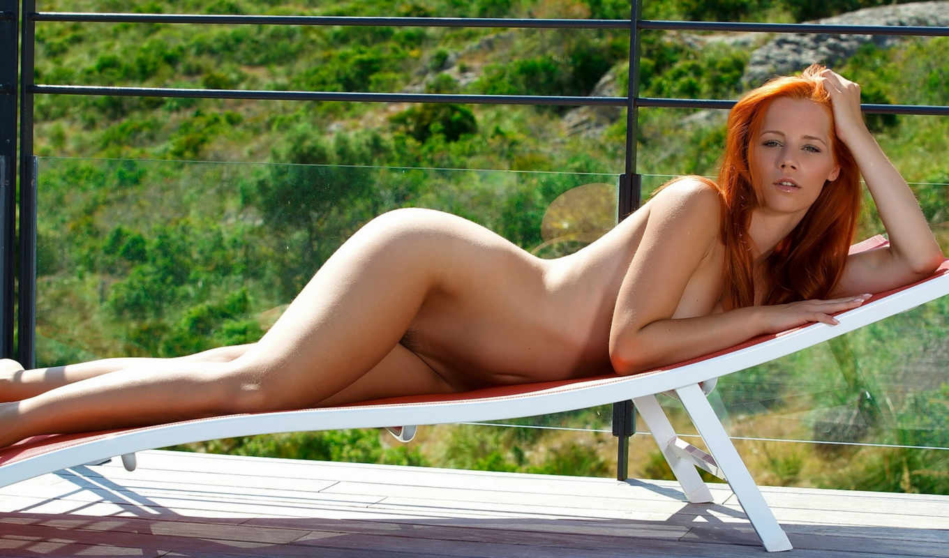 piper, fawn, ariel, голые, redhead, shape, legs, lying, ass, bending, waist, эротические