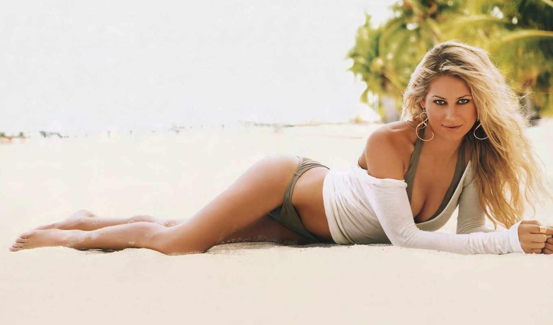 Самые красивые девушки на пляже 25 фотография