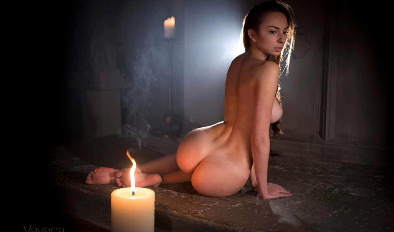 Фото голой девушки с цветами скач бесплат — photo 10