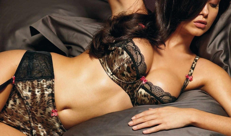 леопардовое, брюнетка, белье, чулки, девушка, постель, кнопкой, правой, девушки,