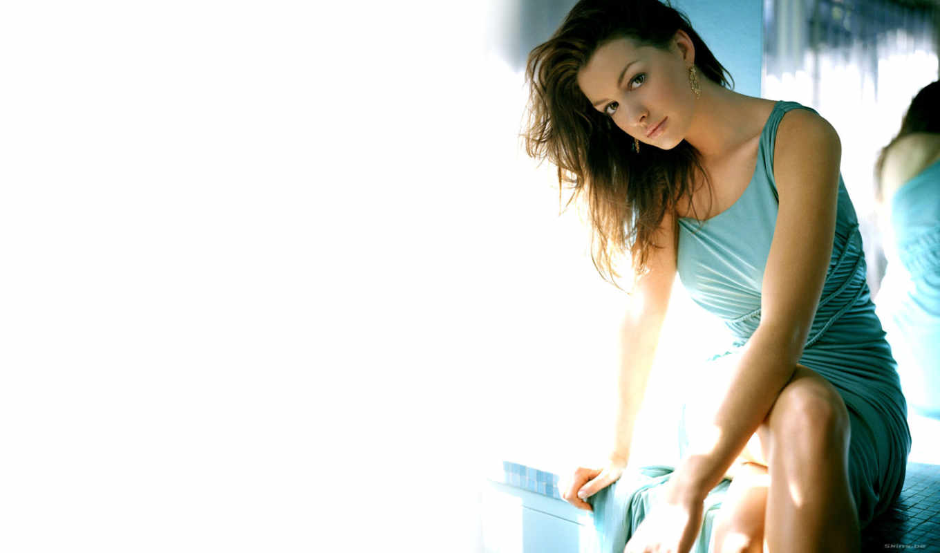 anne, hathaway, sexy, available, resolution, resolutions, photo, blue, original, dress,