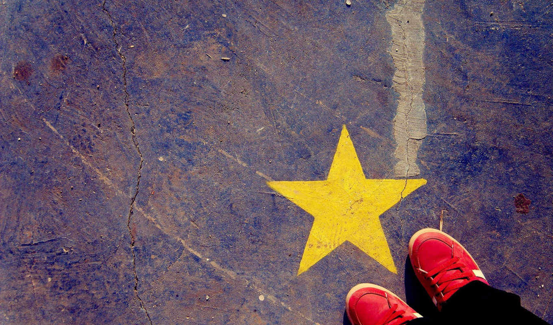 звезда, кеды, hipster, звёздочка, текстура, iphone, facebook, желтая, красный, with, нравится, желтый, разное, shoes, indie, ноги, пол, картинку, stars,