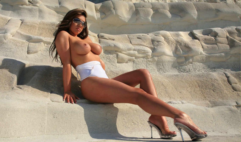 tanning, sun, ноги, голая грудь, большая грудь,