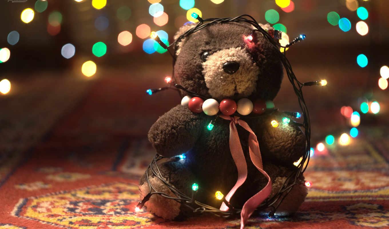 новый год, медведь, плюшевый, гирлянда, ковёр, огни, лента, бусы