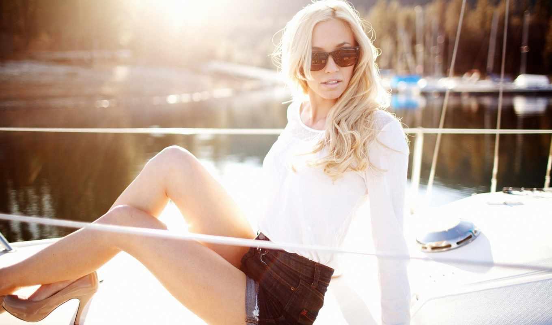 яхта, девушка, блондинка, очки,