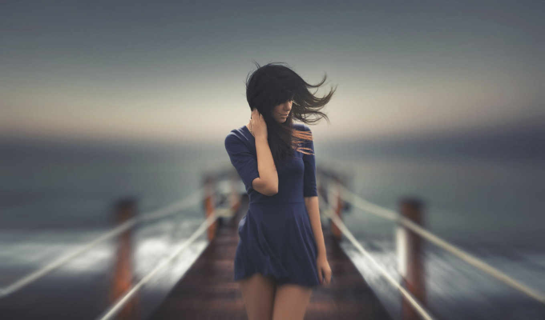 девушка, стоит, мостике, волосы, чтобы, ветер,