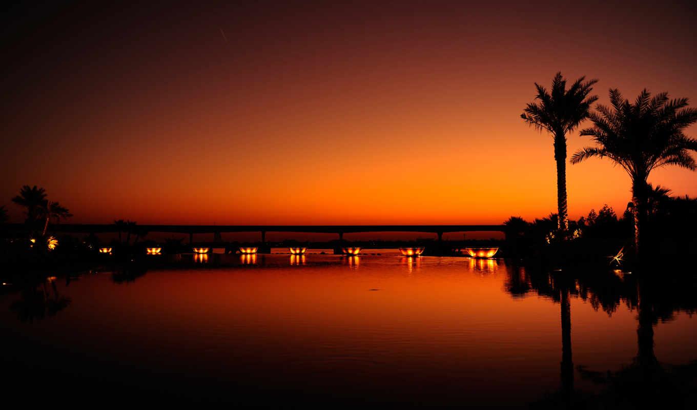 закат, город, ночь, вечер, black, water, оранжевый, пальмы, dubai, свет, отражение,