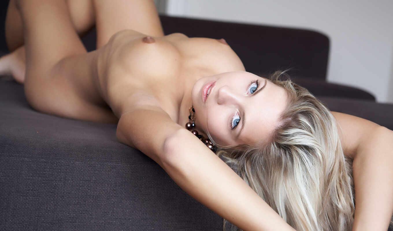 банка, erotica, голубоглазая, голая,