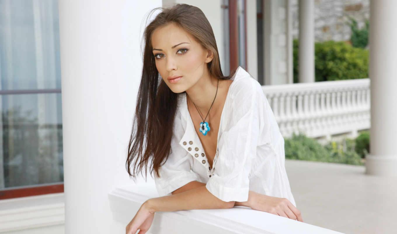 anna, девушка, sbitnaya, filika, aj, девушки, красивая, girls, desktop, computer, collection, sexy, веранде, кулончиком, белом, платье,