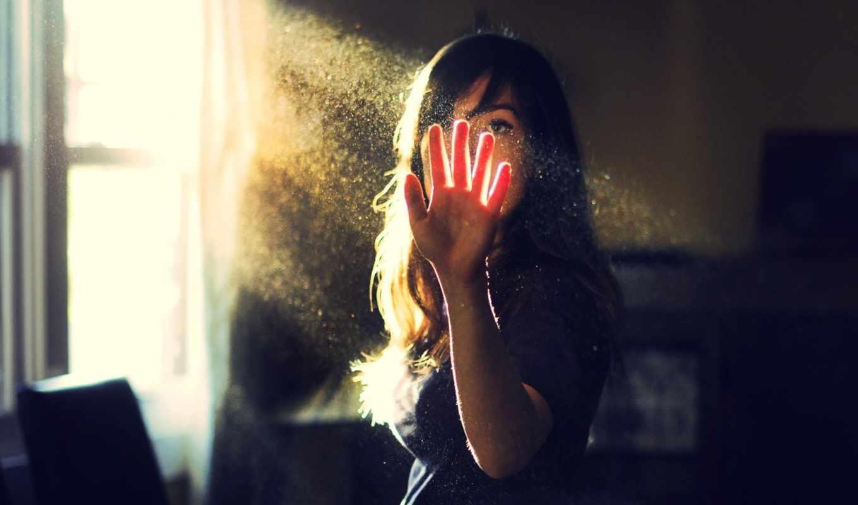 рука, девушка, просвет, лучи, hidden, women, dust, trance, vocal, face, full, ver, brunettes, девушки, картинка, people,