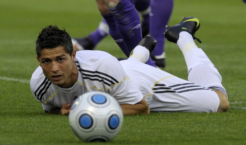роналду, спорт, футбол, ronaldo, кадр, момент, поле, реал, картинка, мяч, футбольном, cristiano,