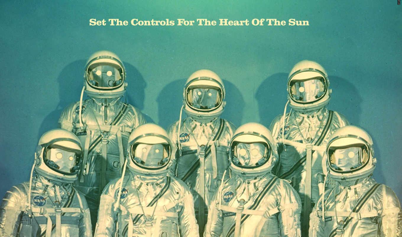 космонавты, снаряжение, скафандр, астронавты, креатив, голубой, надпись, арт, текст, стиль,