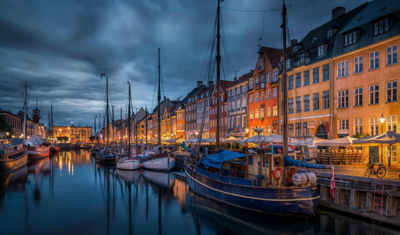 new, port, copenhagen, time, houses, night, heart, lies, this, before, sunrise,