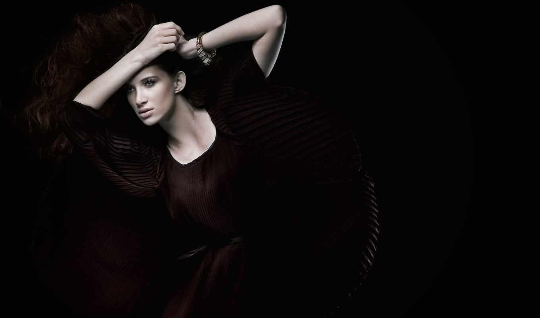 women, fashion, style, , pe, brunette, photo, ul, prada, cu, seara, studio, picture, sav,