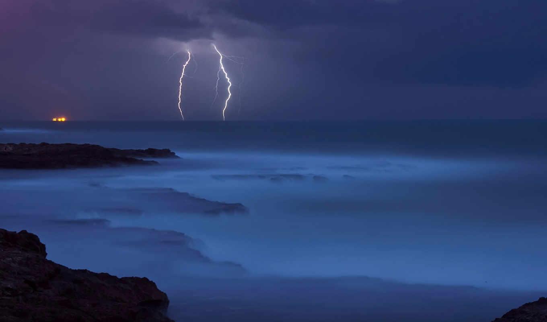 море, гроза, стихия, синева, вода, молнии, камни, берег,