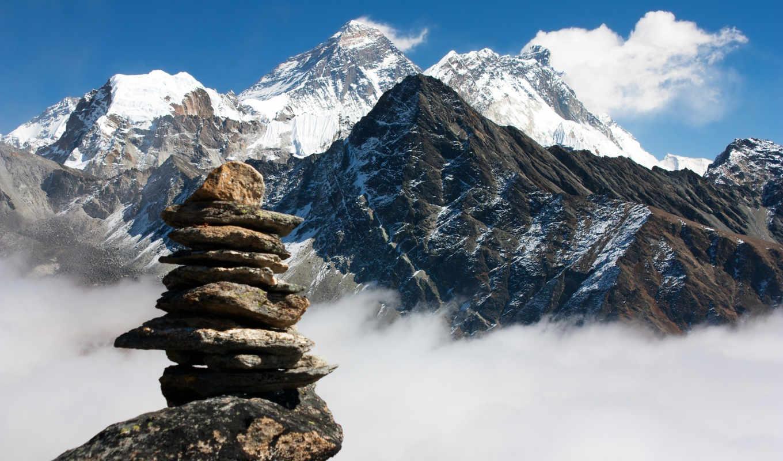 несколько гора эверест картинка на обои хороший