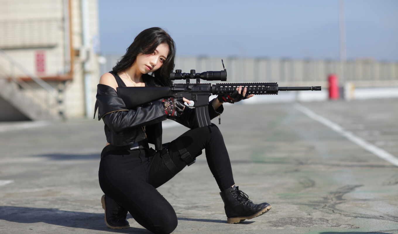 девушка, женщина, пистолет, винтовка, black, asian, assault, волосы, модель, кофта, cover