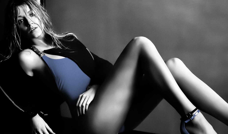 blake, лайвли, актриса, lively, ноги, американской,