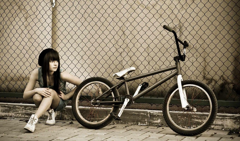 девушка, bmx, велосипед, забор, тратуар, смотрит, сетка, сидит, широкоформатные,