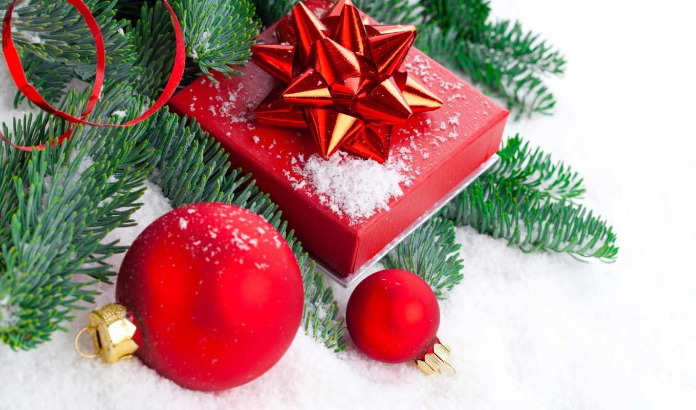 new, праздники, год, ветки, дерево, сувениры, шарики, шишки,
