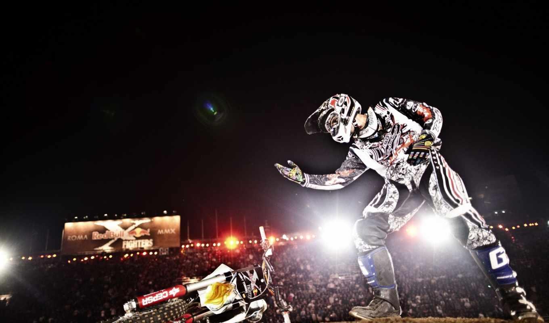 fighters, red, bull, rome, games, шоу, redbull, мотоцикл, поклон, выступление,