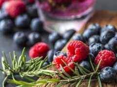 ягода, малина, черника