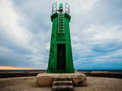 lighthouse, зелёный